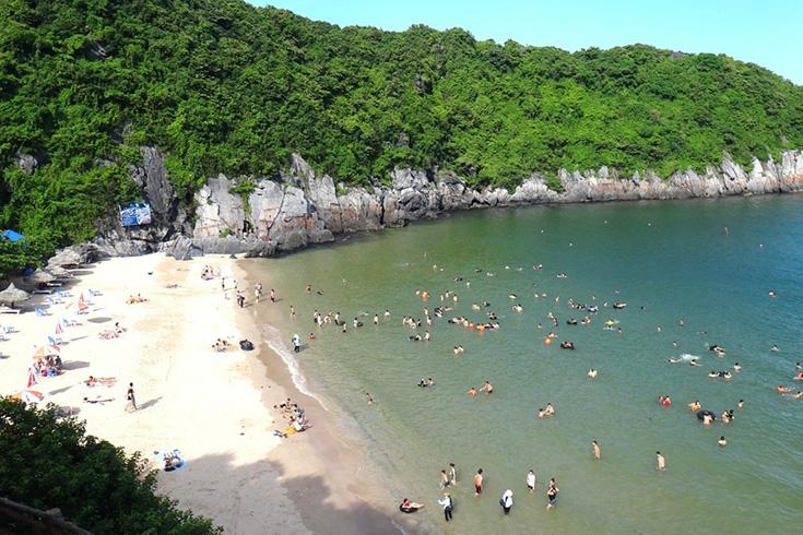 10. Cat Co Beaches (Cat Ba Island - Hai Phong)