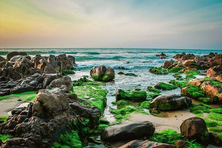 5. Co Thach Beach, Binh Thuan