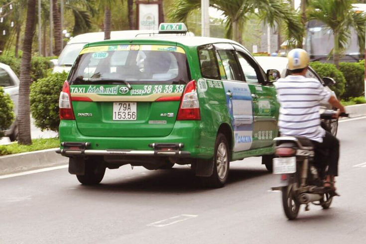 Getting around Vietnam by taxis