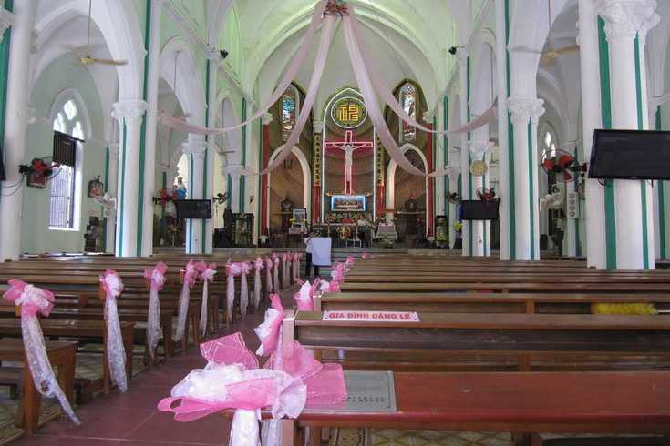 Interior space of Cha Tam church