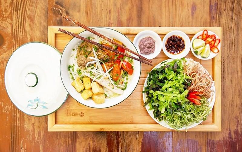 Nearby Hanoi Airport restaurants