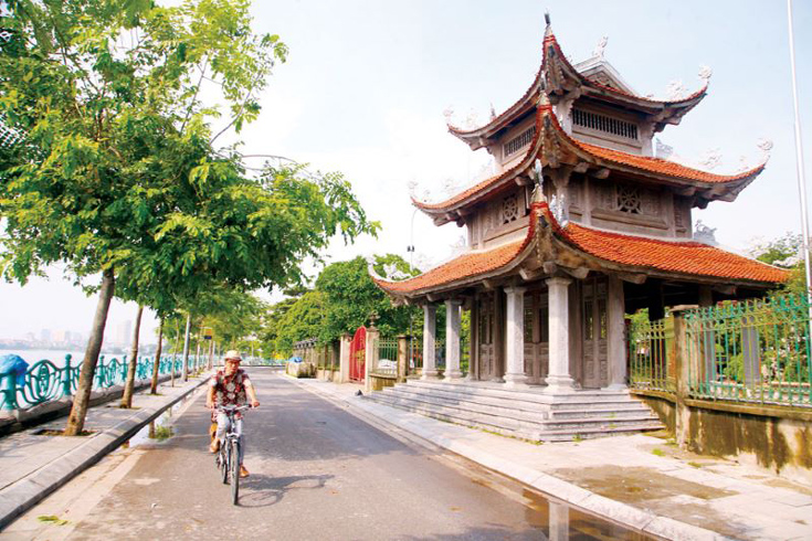 Tao Sach pagoda - things to see around West Lake