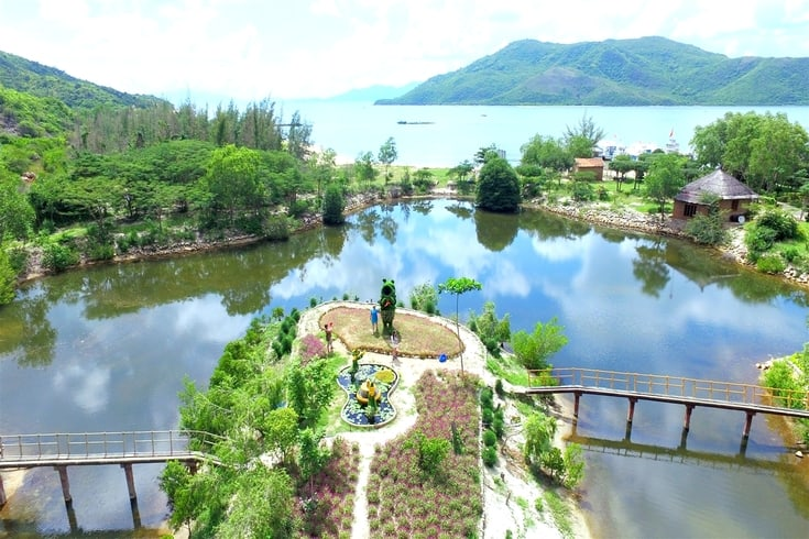 Yang Bay tour