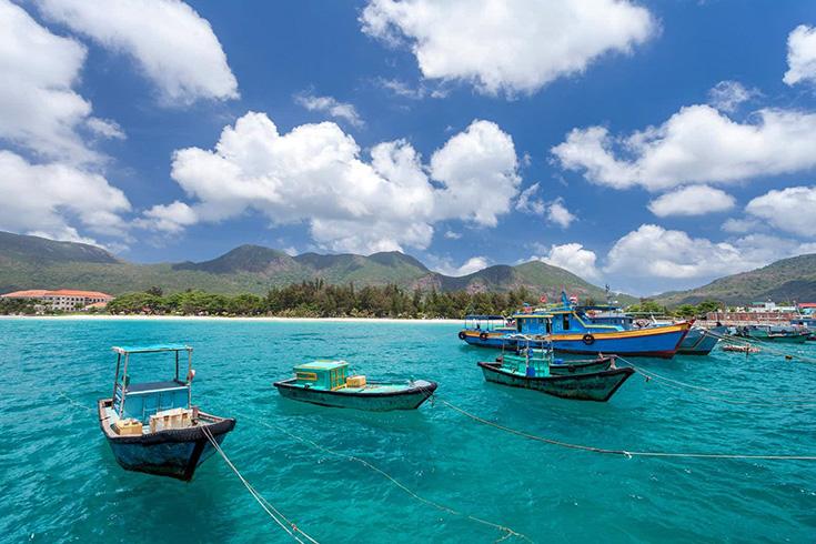 7. Beaches in Con Dao Islands, Ba Ria-Vung Tau