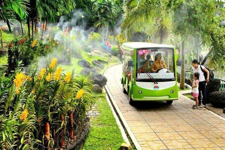 Bus in yang bay ecopark