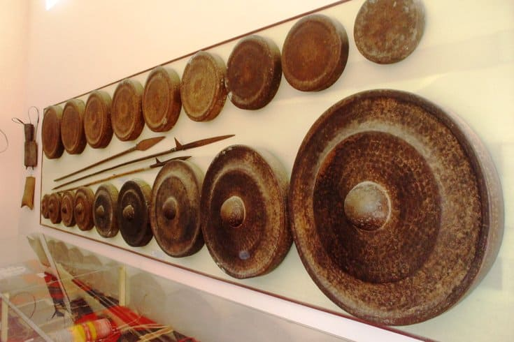 Bronze gongs made by Phuoc Kieu villagers