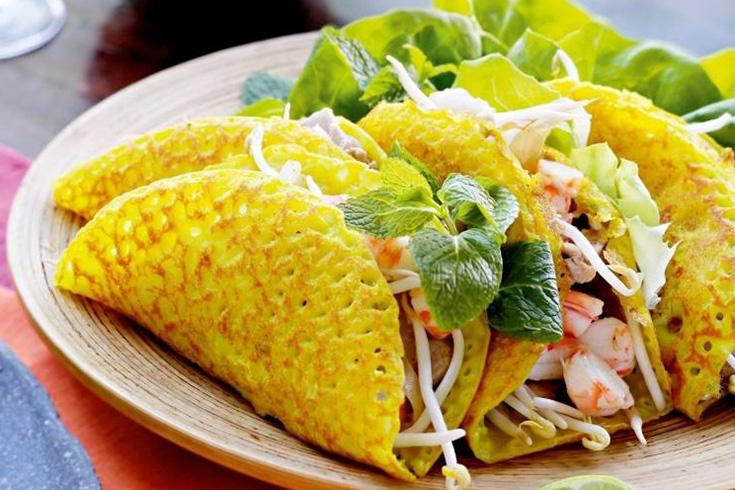 Banh xeo - best Vietnamese foods