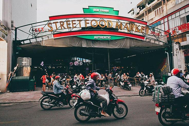2. Ben Thanh Street Food Market