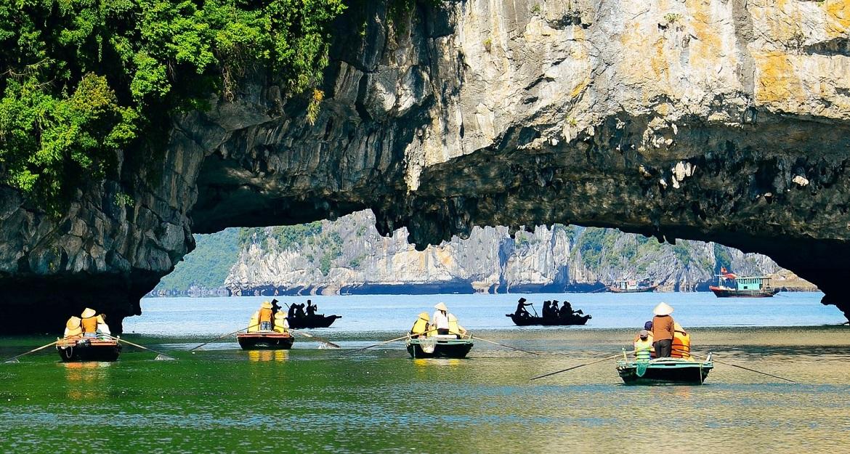 11 Best Vietnam Experiences to Try a Multicolor Vietnam