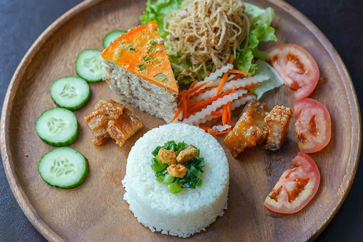 Com tam - best Vietnamese foods