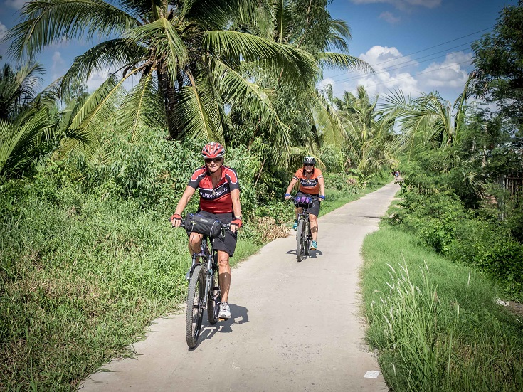 Cycle around mekong delta vietnam