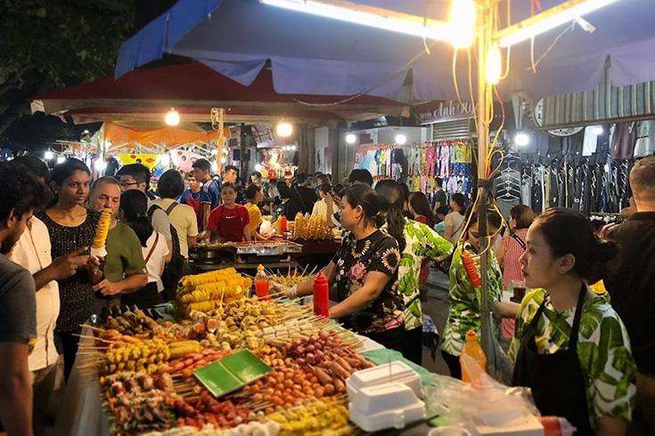 6. Hanoi Weekend Night Market