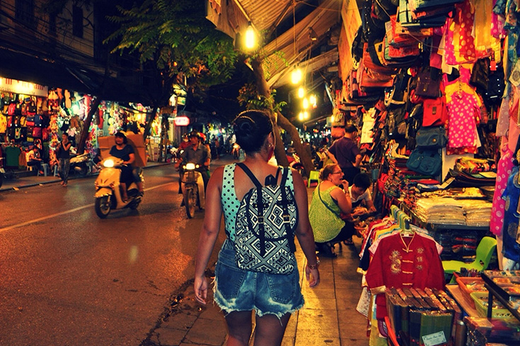 Highlights of Hanoi weekend night market