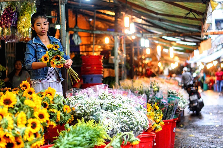 Ho Thi Ky Flower Market - best markets in Vietnam