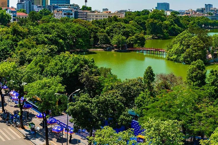 1. Hoan Kiem Lake