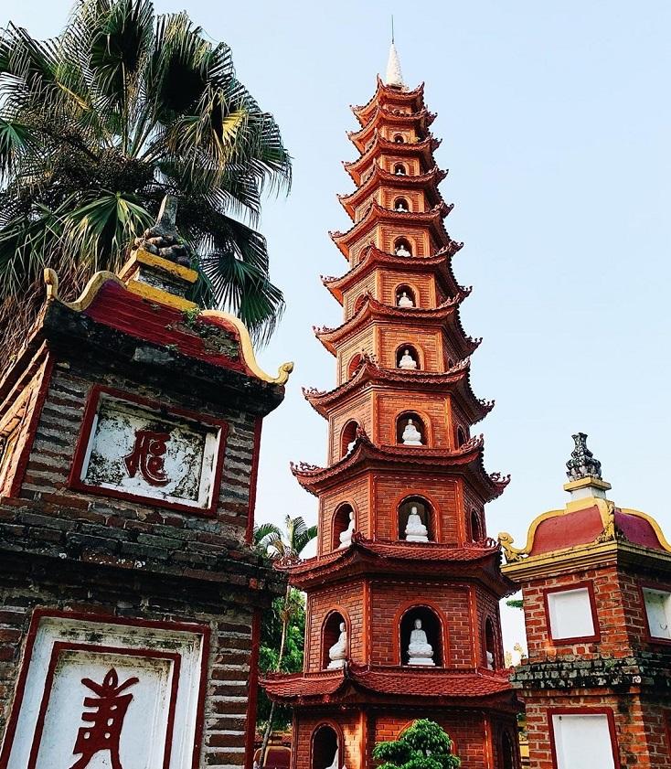 Inside Tran Quoc pagoda