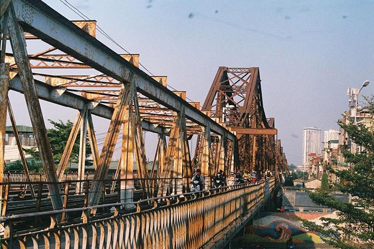 4. Long Bien Bridge