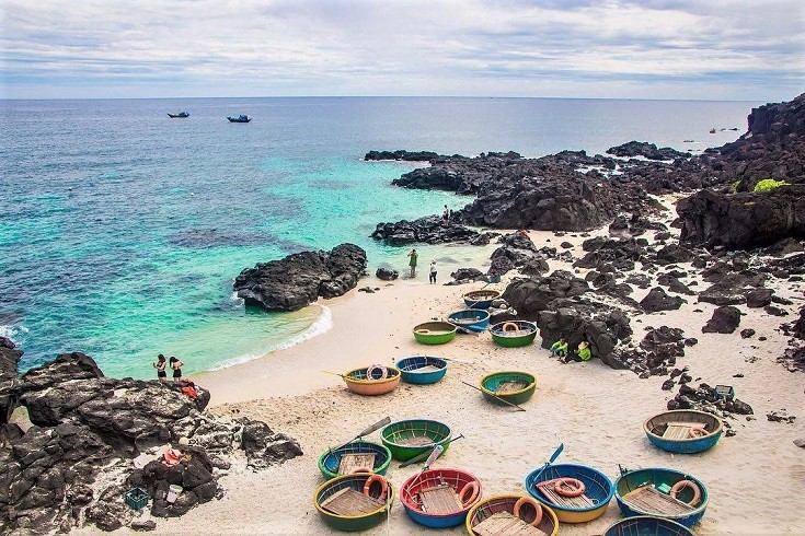 Ly Son island - Places for camping in Vietnam