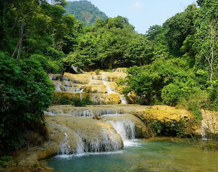 4. May Waterfall, Thanh Hoa