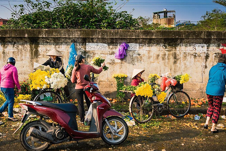 4. Quang Ba Flower Market