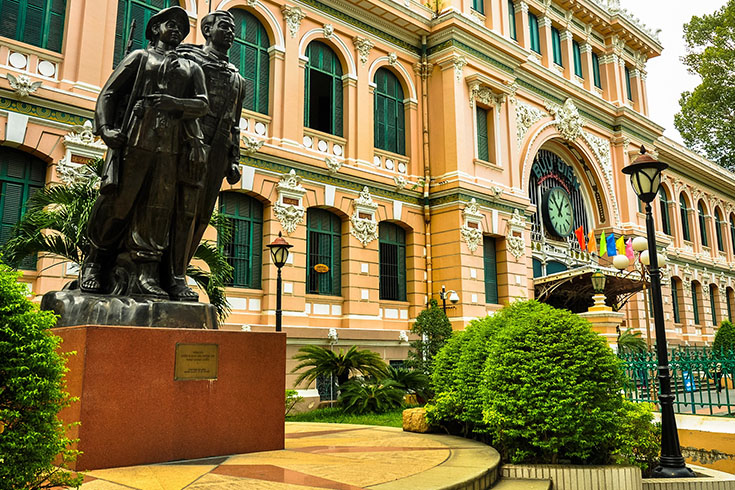 Saigon Central Post office from outside