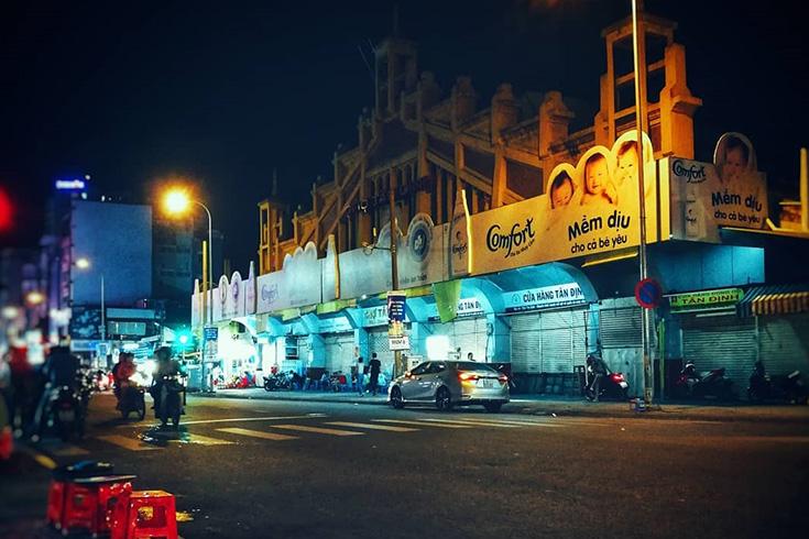 5. Tan Dinh Market