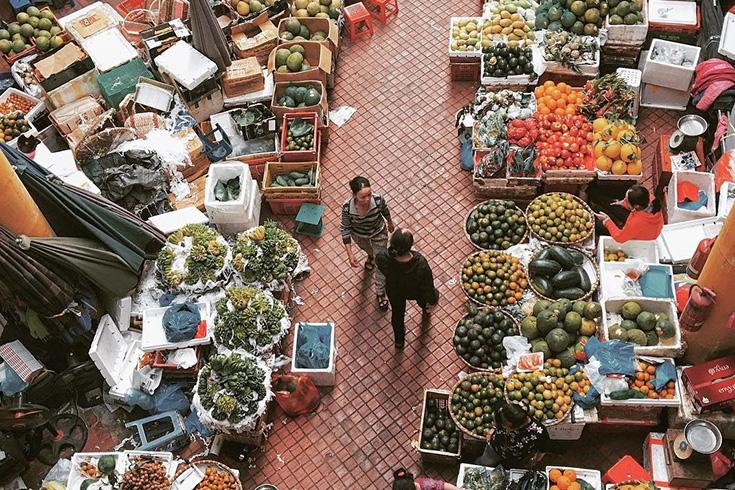 Food section at Cho Hom market