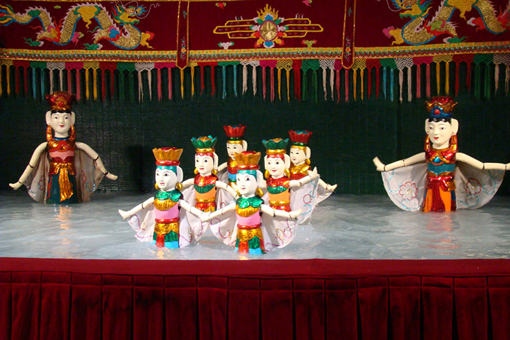 Behind the Scene of Water Puppet Show in Hanoi