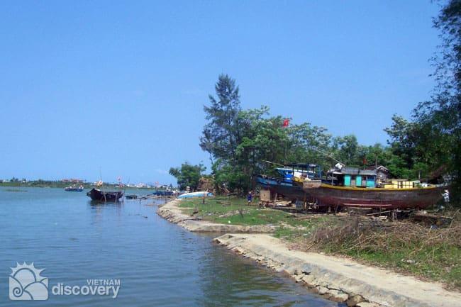 Hoi An Handicraft Villages by Bike