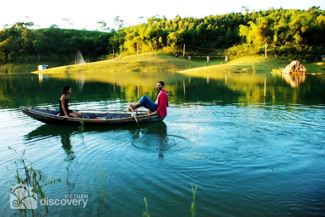 Two-day Trip to Vu Linh Ecolodge and Thac Ba Reservoir