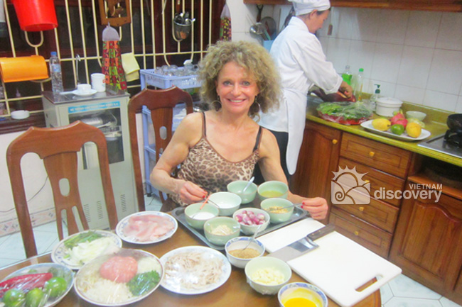 Hanoi Half-day Cooking Tour with the Master Chef