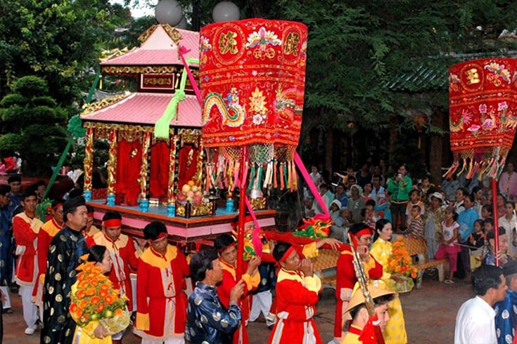 Activities in Nguyen Trung Truc temple festival