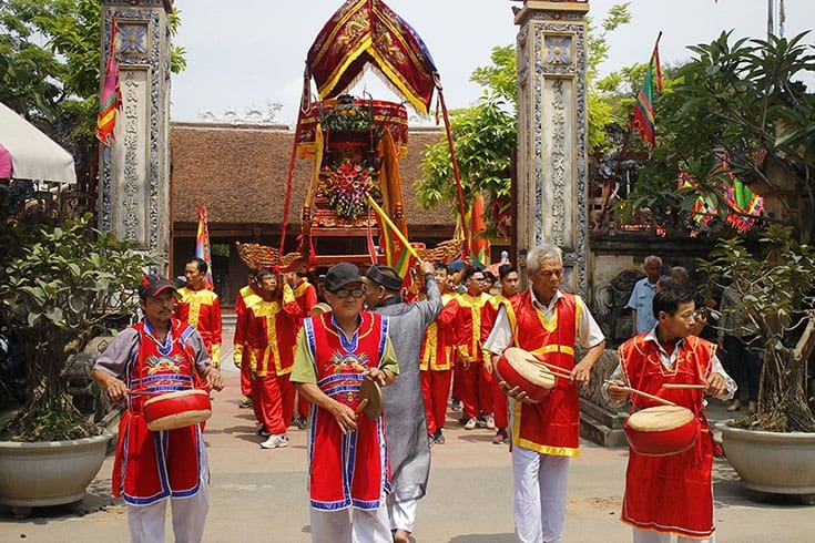 Activities in Thay pagoda festival