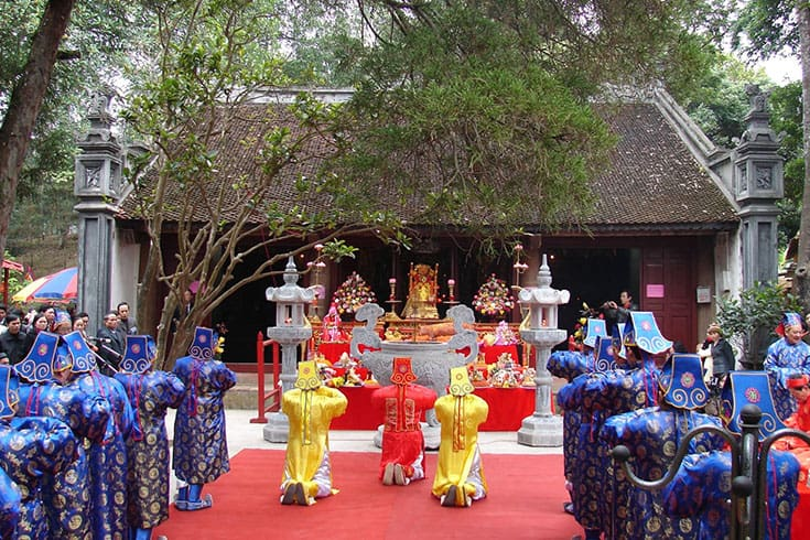 Ceremony at Hung King temple festival