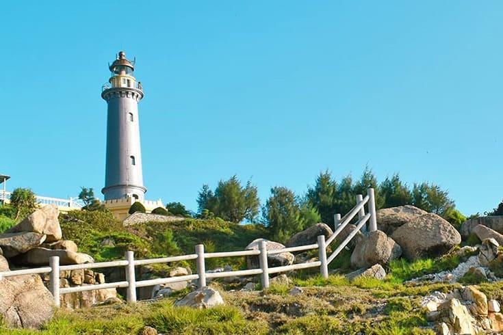 Dai Lanh lighthouse