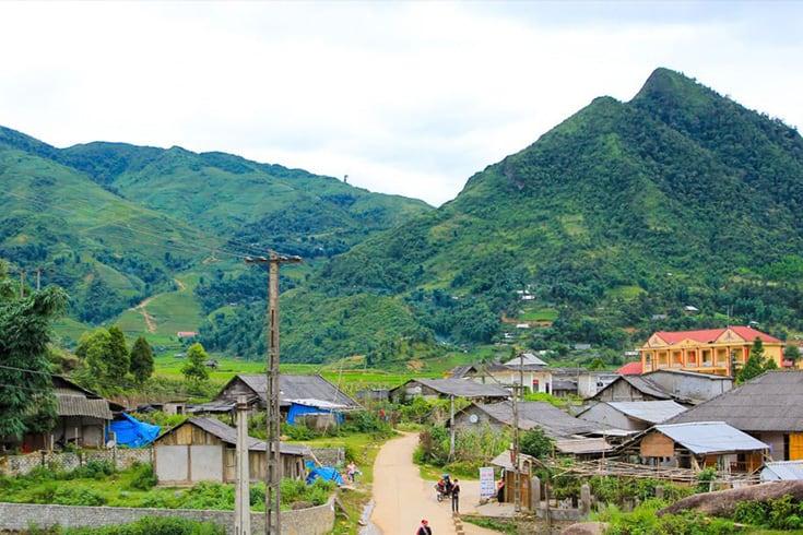 Life in Ta Phin village
