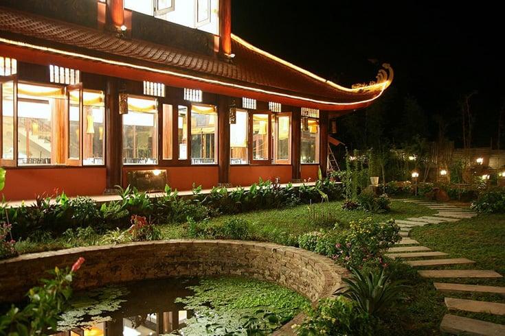 Co Ngu restaurant in Bai Chay