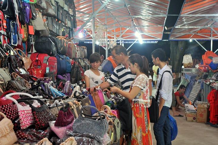 Night Market in Halong