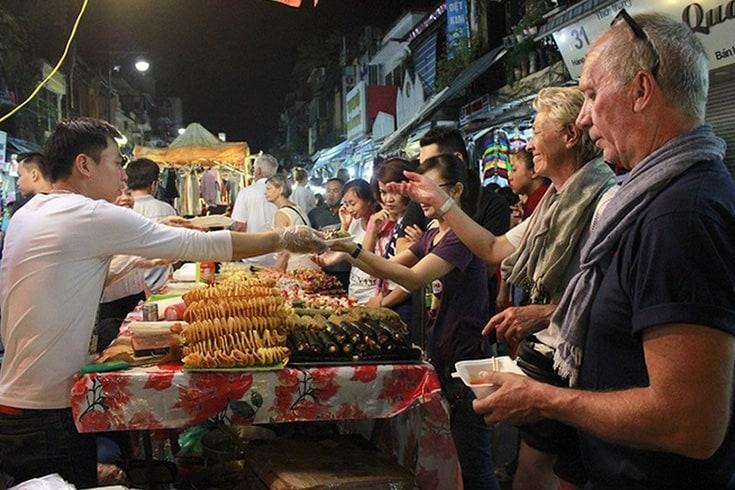Night Street Food in Halong