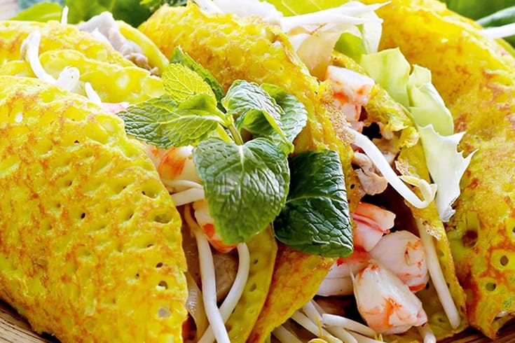 What is Banh xeo in Vietnam