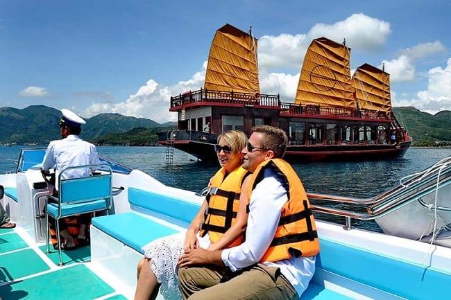 Enjoy Your Cruising Time as an Emperor in Nha Trang