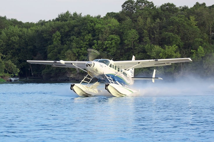 water landing during Halong bay seaplane tours
