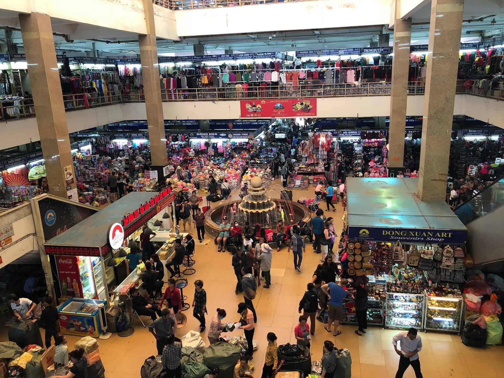 Dong Xuan Day market