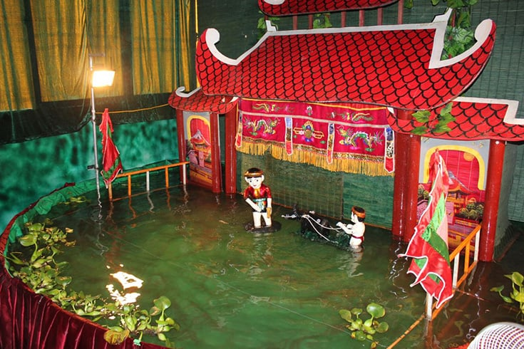 Watch a show at Water Puppet Theatre in Nha Trang