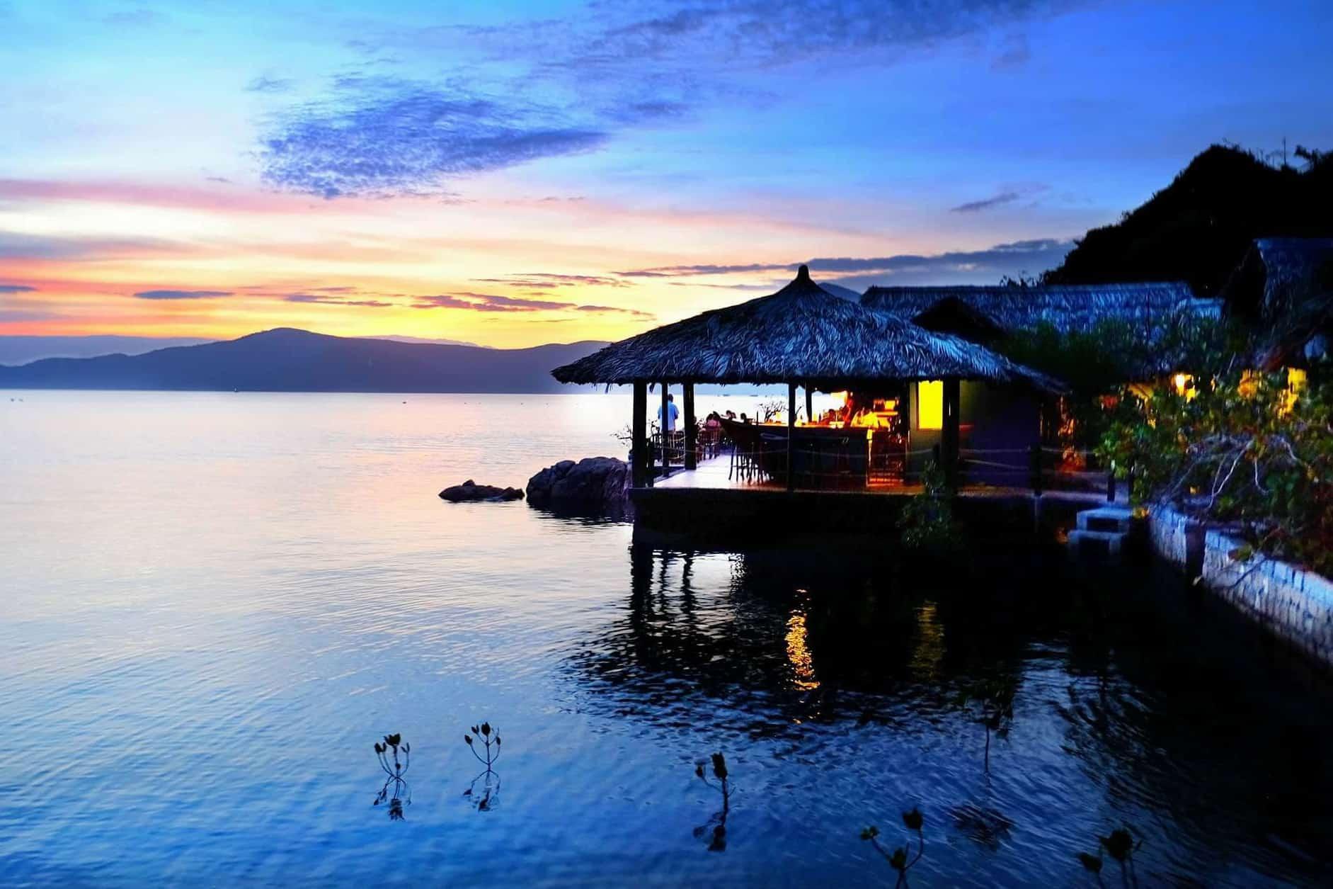 Whale island - islands in Nha Trang