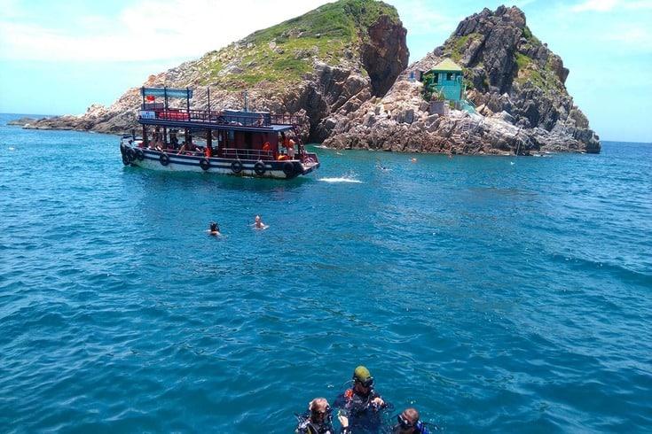 Diving in Mun Islet