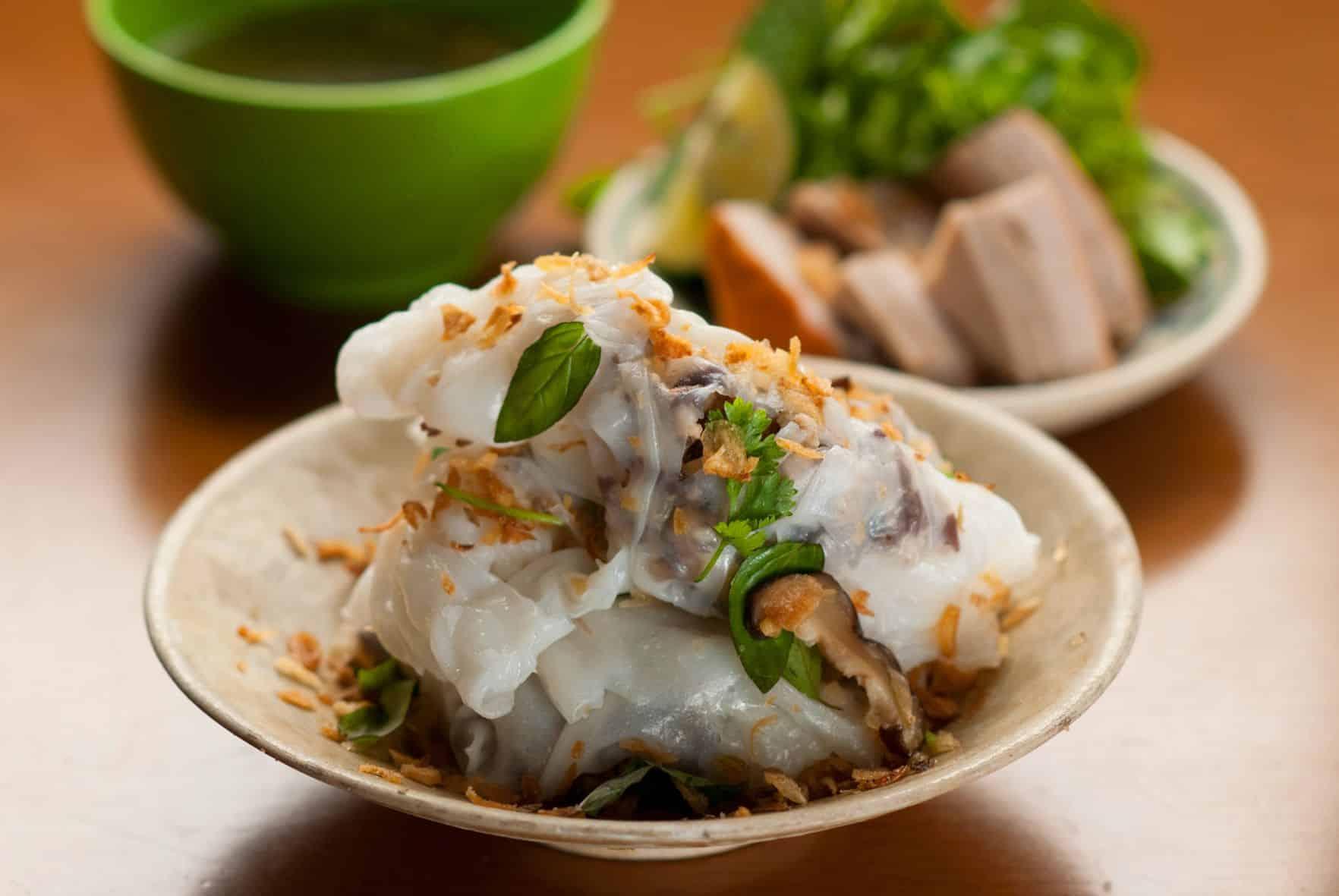 Banh Cuon - Stuffed pancake