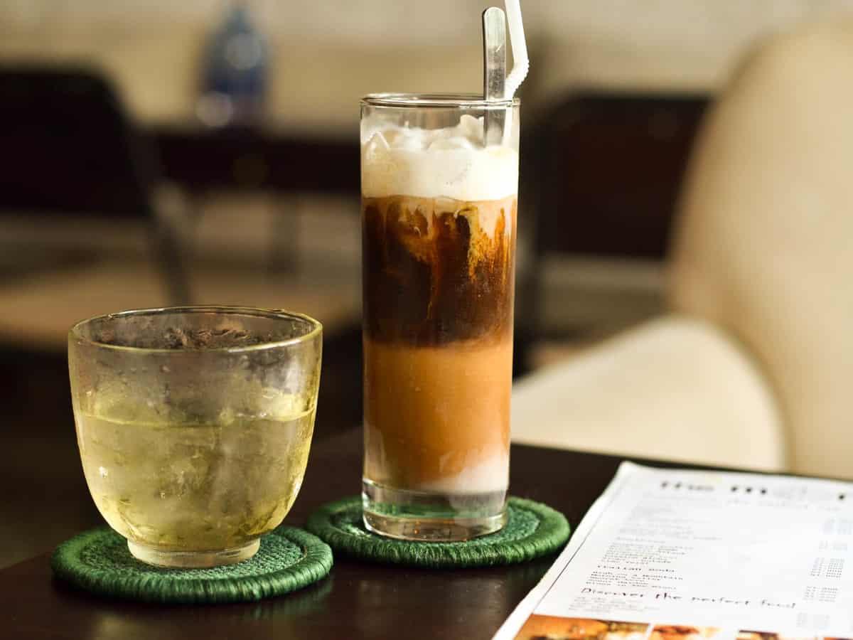 Ca Phe Sua Da - Vietnamese Iced Coffee