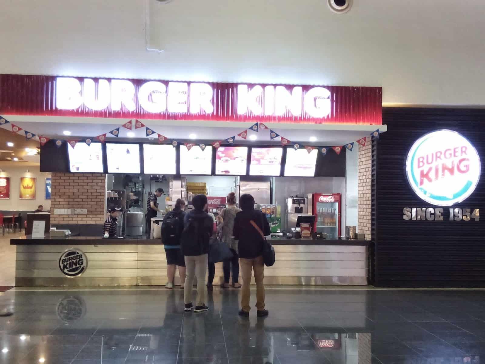 Burger King at Noi Bai airport - Hanoi airport food