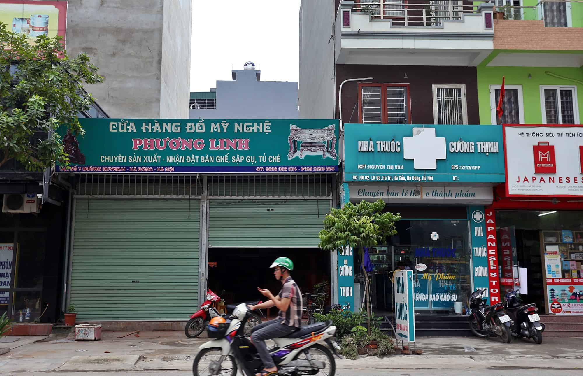 How to Ask for Direction in Vietnamese